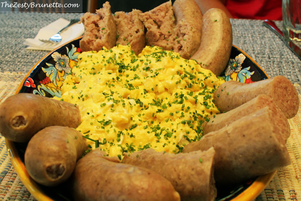 Scrambled-Eggs-and-Potato-Sausage